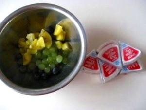 マスカットとチーズのフルーツ和え レシピ1