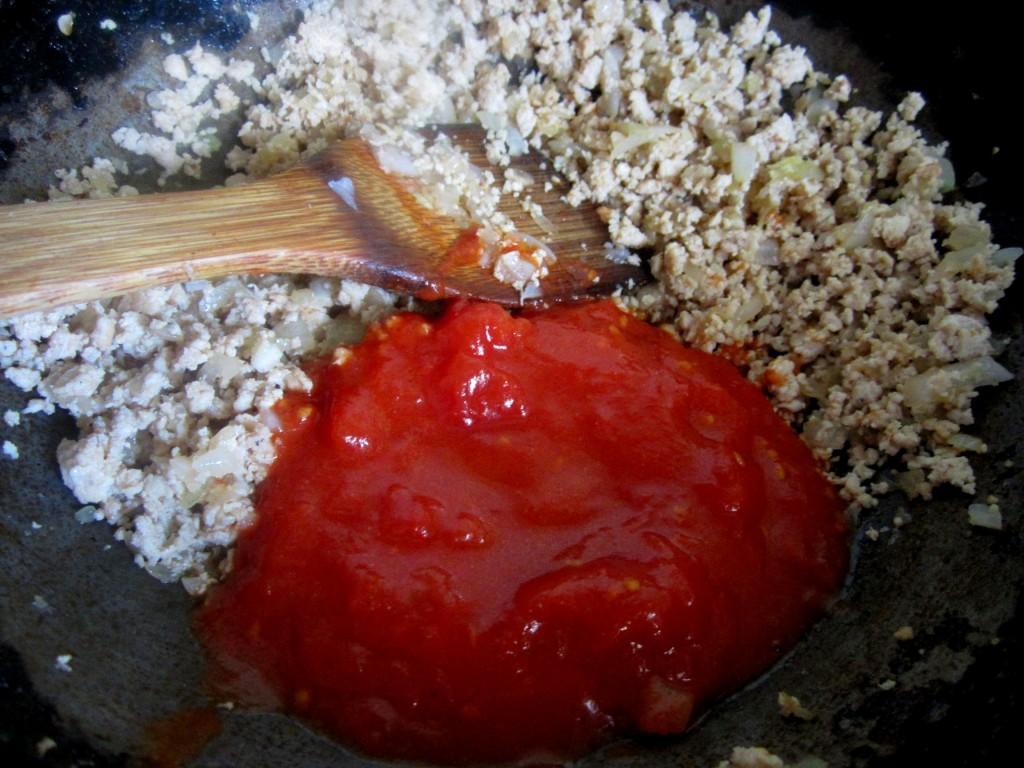 トリミンチとトマトソース